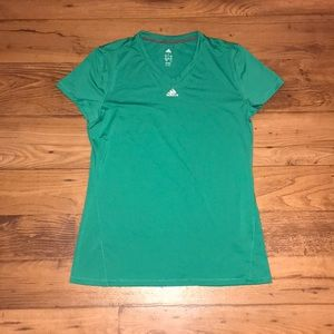 ESSENTIAL ADIDAS WORKOUT TEE